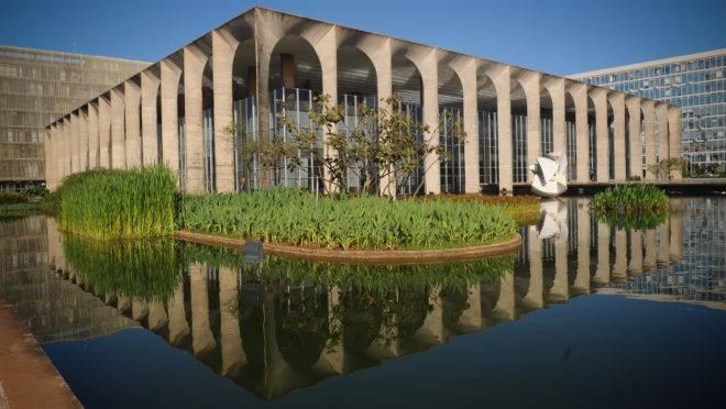Vista da fachada do Palácio Itamaraty, sede do Ministério das Relações Exteriores