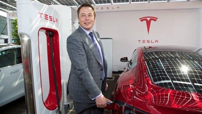 Musk: disposto a ser preso para ver a fábrica da Tesla funcionando novamente na Califórnia.