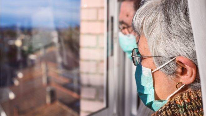 Estudo realizado na China mostrou que 100% dos pacientes infectados pela Covid-19 apresentaram anticorpos mais duradouros 19 dias depois dos sintomas, o que não significa, ainda, uma imunidade permanente contra a doença