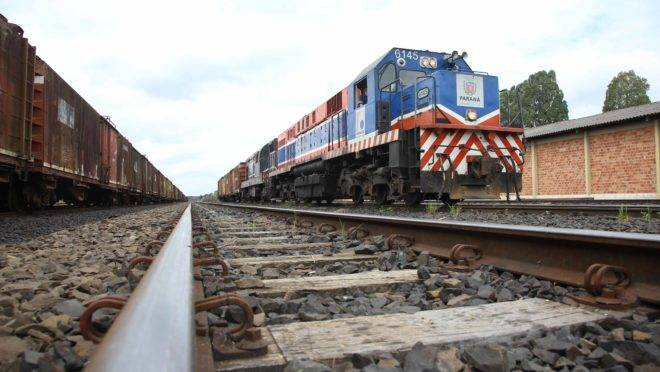 Transporte de cargas pela Ferroeste bateu o recorde histórico.