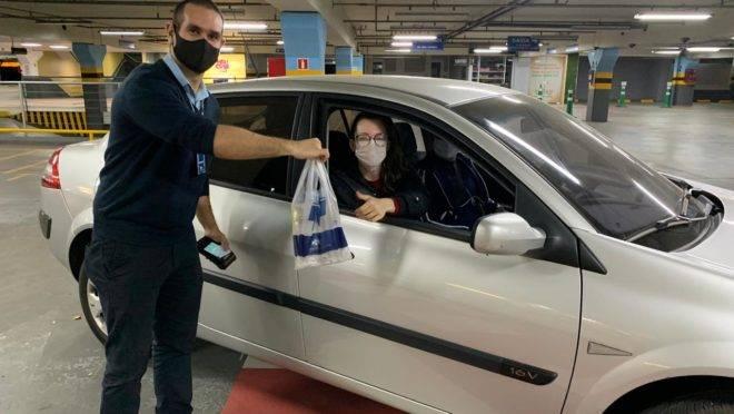 Drive-thru surge como opção para movimentar o comércio nos shoppings para o Dia das Mães
