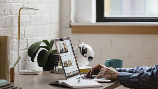 Pesquisas mostram que o home office é uma das soluções que vieram para ficar nas empresas no cenário pós-pandemia.