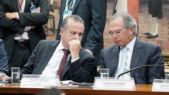 Rogério Marinho, então secretário da Previdência, e Paulo Guedes: braço direito virou desafeto.