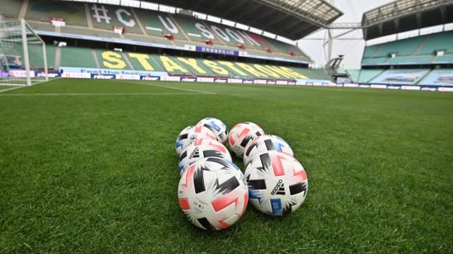 Aos poucos, países retomam futebol. Na foto, estádio vazio na Coreia do Sul, país em que as partidas já retornaram, mas sem público