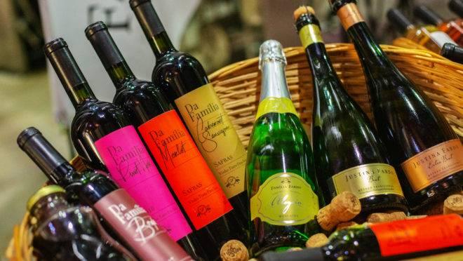 Renda-se à praticidade de receber seus vinhos em casa