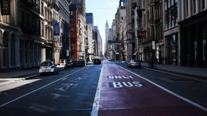 Broadway vazia durante pandemia de coronavírus, 7 de maio, Nova York