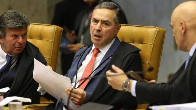 Os ministros Luiz Fux, Luis Roberto Barroso e Alexandre de Moraes, durante sessão do STF: interferência