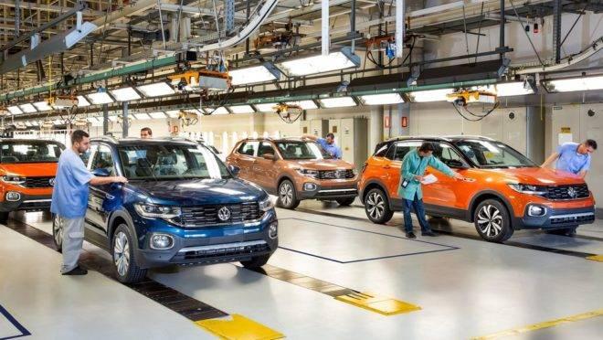 Fábrica da Volkswagen: montadora alemã retoma as atividades na semana que vem.