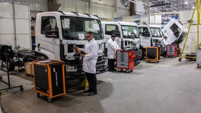 O caminhão elétrico da montadora já está sendo testado, em parceria com a Ambev.