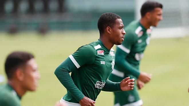 Treino no campo ainda vai demorar para virar realidade no futebol brasileiro.