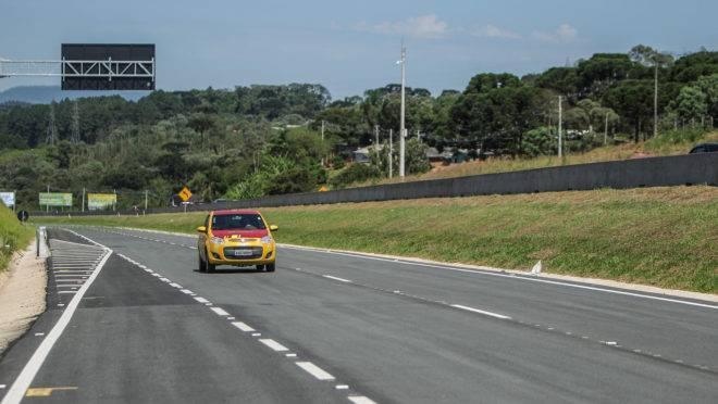 Trecho da BR 277 próximo a Campo Largo, no Paraná.