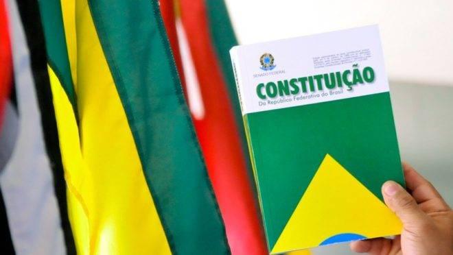 Atual Constituição brasileira, promulgada em 1988