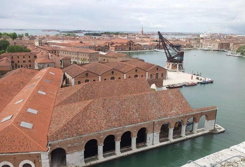 Bienal de Veneza adia mostras de arquitetura e arte para 2021 e 2022