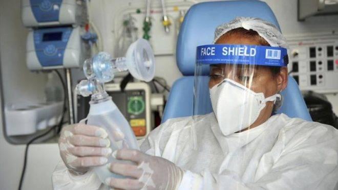 Curitiba já registrou 913 casos de coronavírus desde o início da pandemia.