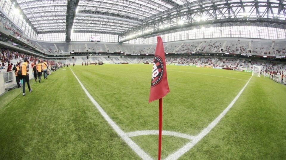 Após perícia, Athletico cobra em live divisão tripartite da Arena da Baixada
