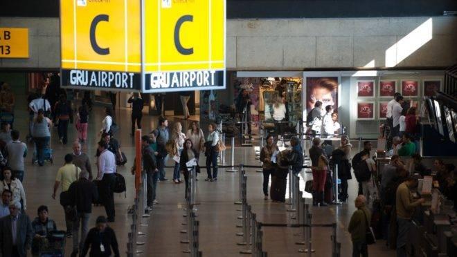 Coronavírus no carnaval: fronteiras aéreas, Aeroporto de Guarulhos