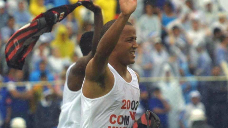 Athletico, pra sempre campeão! Veja as melhores fotos do título brasileiro de 2001