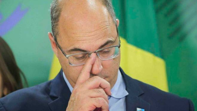 Defesa de Witzel tenta barrar impeachment