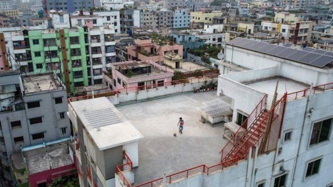 Prédios em Daca, capital do Bangladesh, 23 de março de 2020