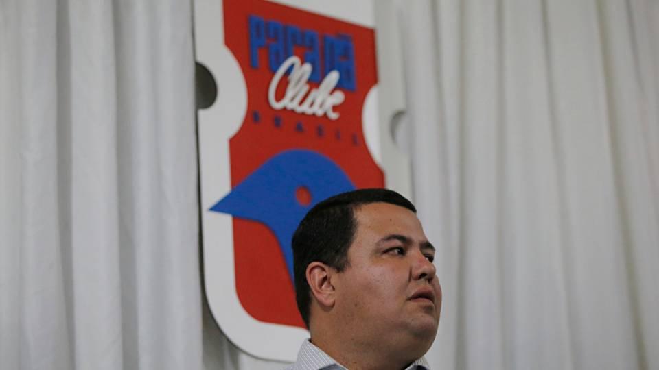 """Presidente do Paraná prega cautela para volta dos jogos: """"prematuro e inoportuno"""""""