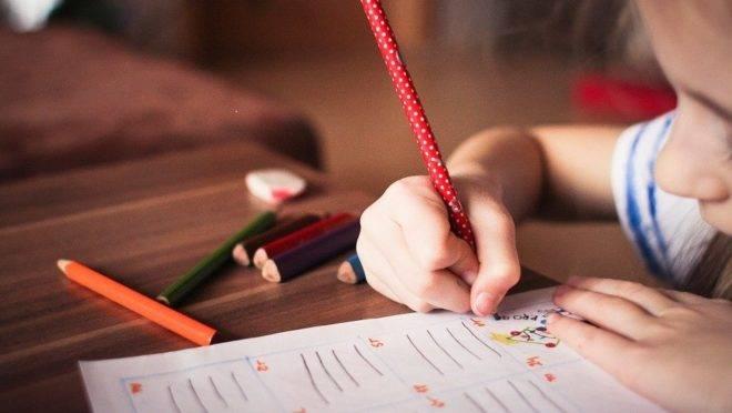 soluções de outros países para a educação em tempos de isolamento