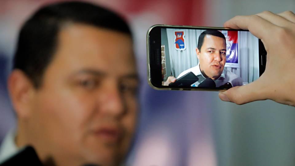 Presidente do Paraná cita pandemia e admite que parceria com russos está distante