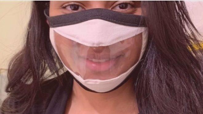 Além da Linguagem Brasileira de Sinais (Libras), pessoas com dificuldade auditiva utilizam expressões faciais e leitura labial
