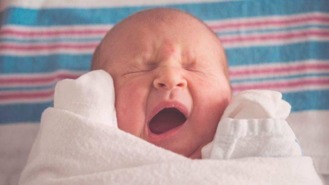 Muitas gestantes estão preocupadas com os riscos de contágio na hora do parto, mas seguindo algumas orientações, ele pode ser seguro.