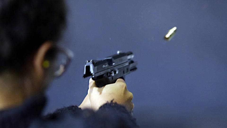Cresce número de compras de armas na Califórnia durante a pandemia de Covid-19