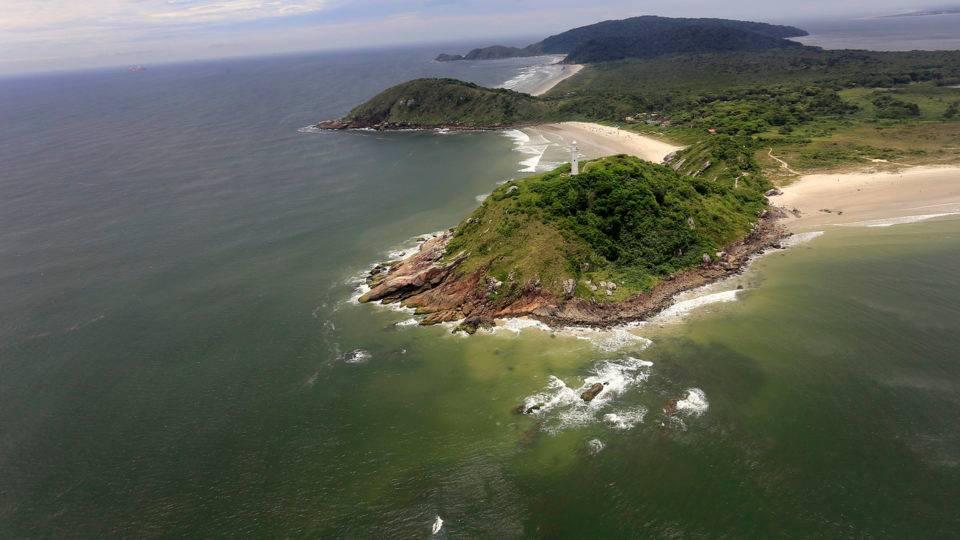 Ilha do Mel volta a receber turistas neste domingo