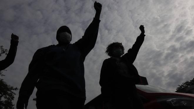 A criminalidade e a péssima educação são problemas mais graves do que a brutalidade policial para a comunidade negra.