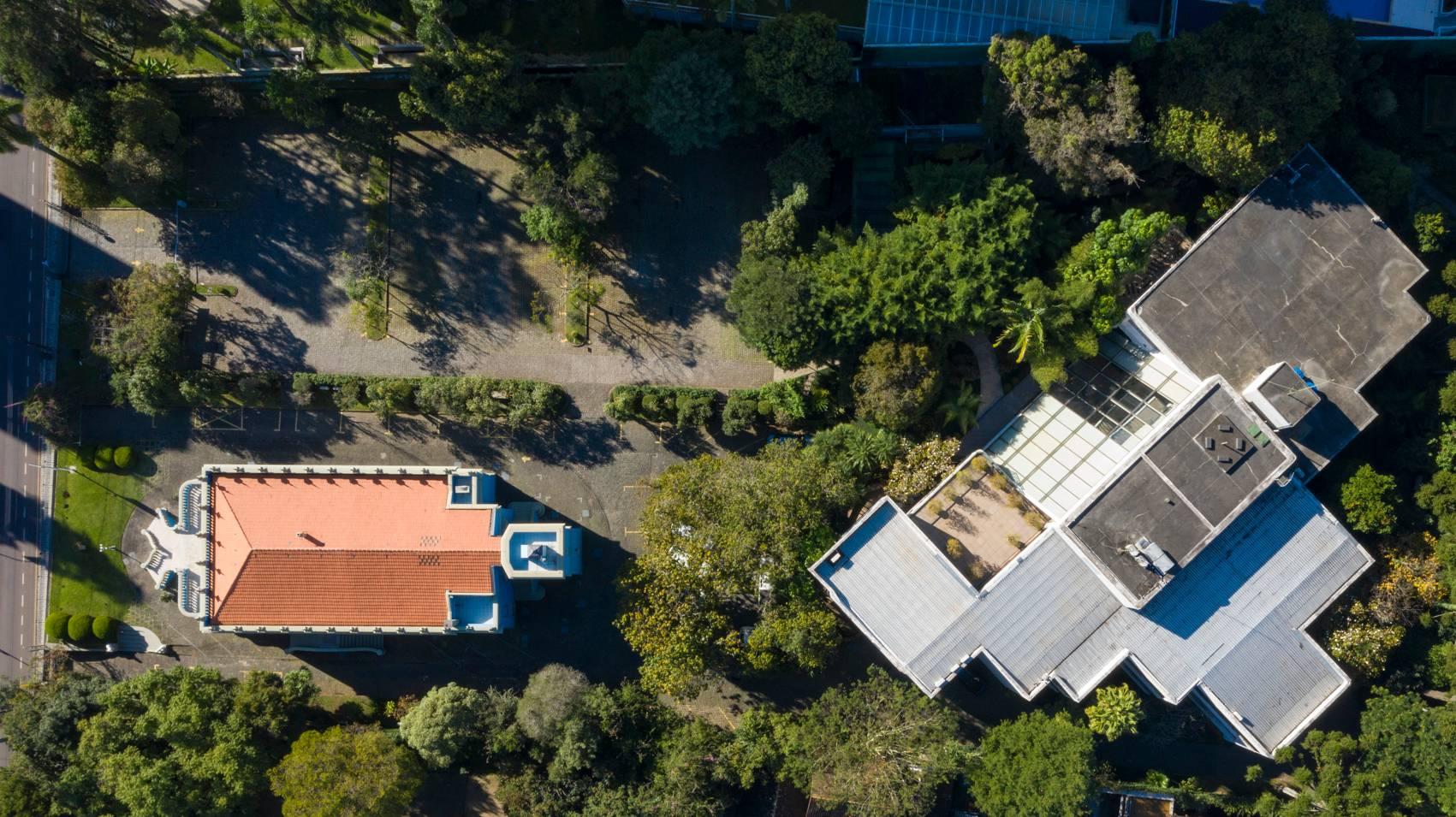 A casa do Desembargador Leão ficava onde hoje se encontra o estacionamento do Palacete dos Leões. Foto: Guilherme Pupo/ Divulgação BRDE