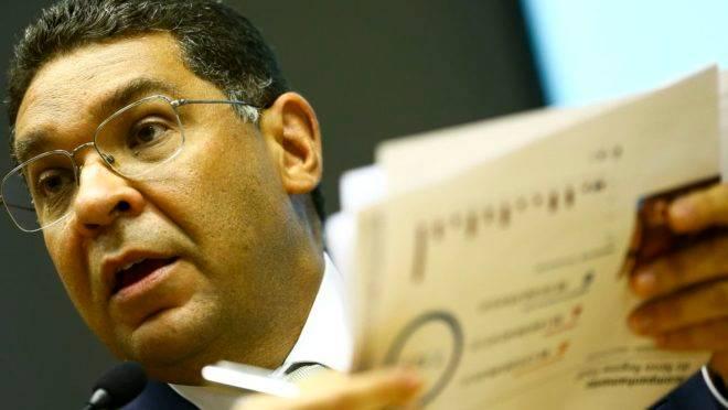 O secretário do Tesouro Nacional, Mansueto Almeida, durante entrevista coletiva.
