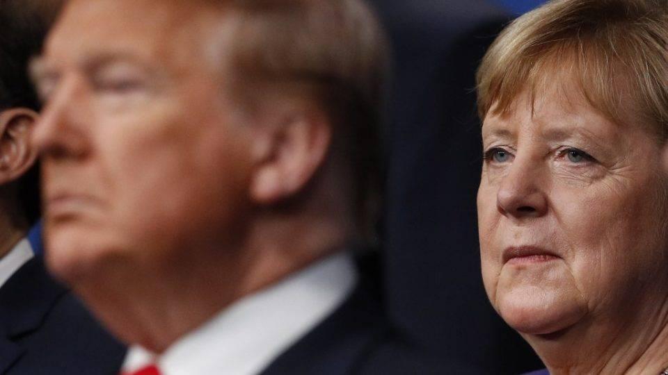 """Trump diz que Alemanha é """"delinquente"""" e confirma retirada de milhares de militares do país"""