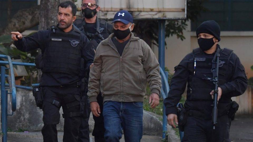 Queiroz pede revogação de prisão domiciliar ao STF