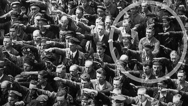 August Landmesser, Hamburgo, 1936.