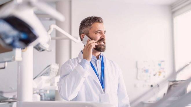 Após liberação da telemedicina durante a pandemia, teleodontologia permite monitoramento remoto na ortodontia.