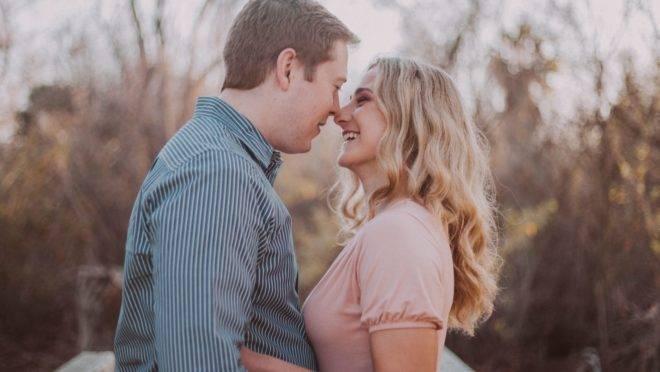 Um casamento entre opostos não precisa ser uma relação frustrada e ser mais flexível pode ser a chave para um casamento mais feliz
