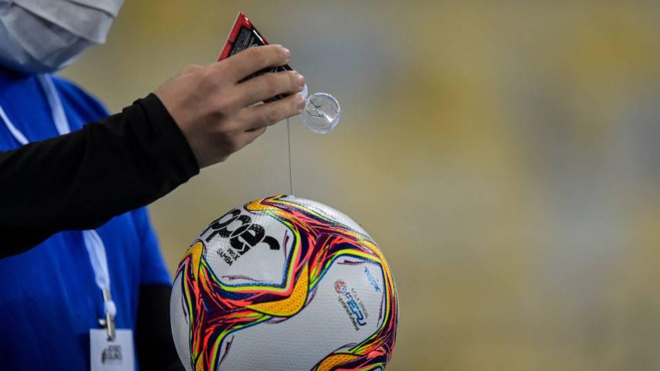 A temerária antecipação da volta do futebol brasileiro