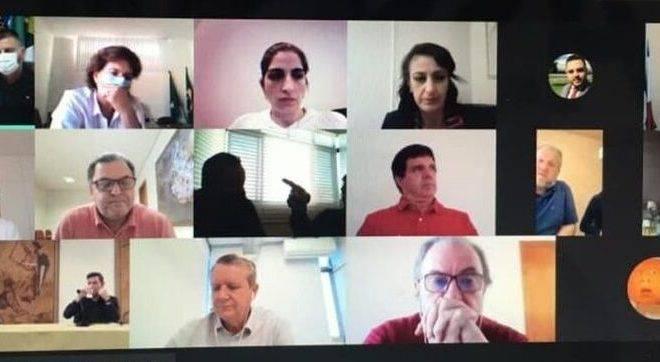 Reunião dos prefeitos da RMC por causa da Covid-19
