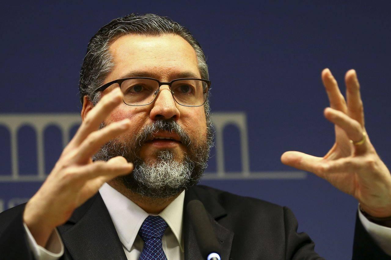 Ministro das Relações Exteriores, Ernesto Araújo, diz que entrada do Brasil na OCDE é uma das prioridades da política externa do país quando a pandemia passar.