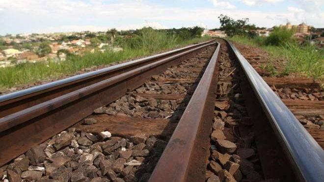 Está em estudo uma nova ferrovia para o Paraná.