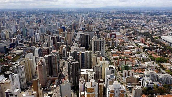 Vista aérea da cidade de Curitiba