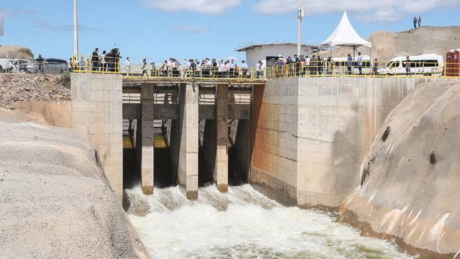 Comporta de Salgueiro (PE) da obra de transposição do Rio São Francisco foi inaugurada pelo presidente Jair Bolsonaro.