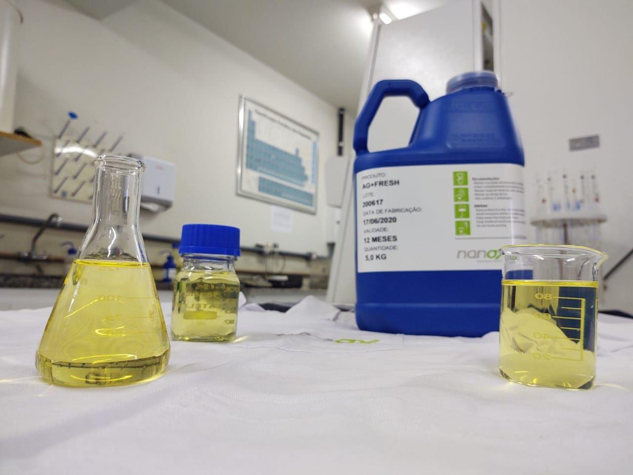 A solução é adicionada aos tecidos através de um processo de imersão. Foto: Divulgação/Nanox