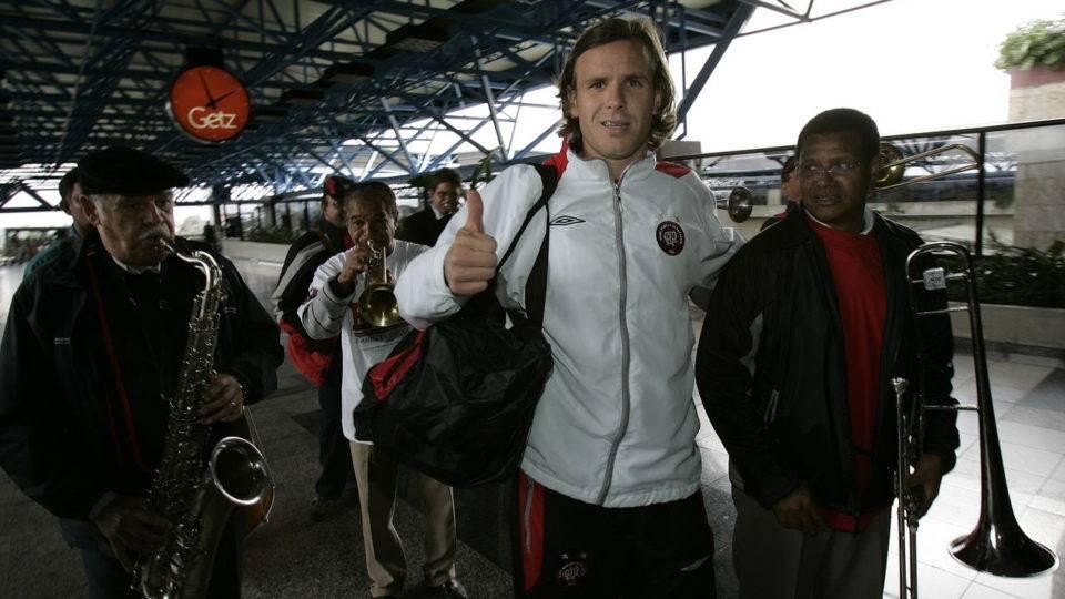Diário do Athletico na final, 5/7: ansiedade! Em fotos, a saga da Libertadores 2005