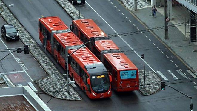 Empresas de ônibus relatam um prejuízo acumulado de R$ 3,7 bilhões até 30 de junho, de acordo com a Associação Nacional das Empresas de Transportes Urbanos.