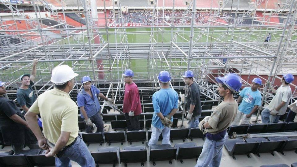 Bastidores: Petraglia revela ameaças ao Athletico na final da Libertadores 2005