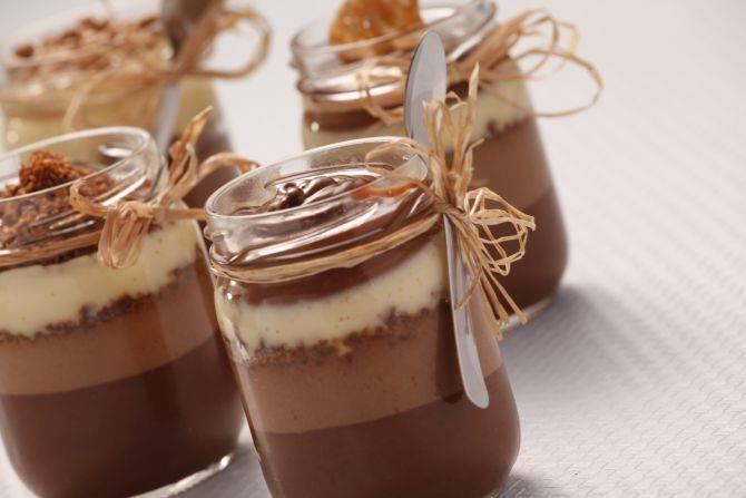 Mousse aos três chocolates. Foto: Alexandre Mazzo/Gazeta do Povo
