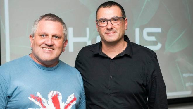 Luciano Pretto e Daniel Delfino, da ArqDecorClub, em evento de lançamento da nova marca da HAUS.